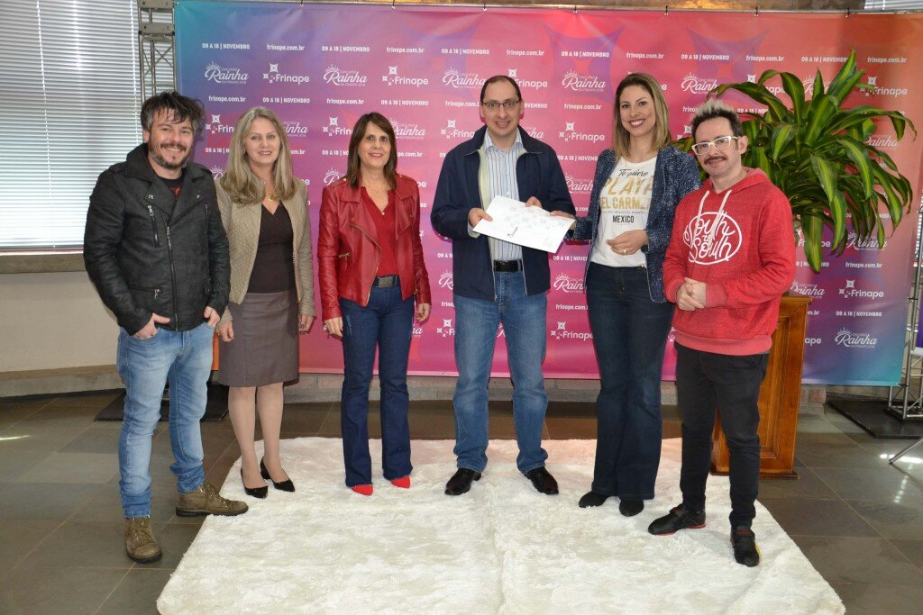 Rafael Spada, Deunice Fiebig, Denise Sponchiado, Dr. Juliano Rossi, Liliane Martins e Marcio Meneghell